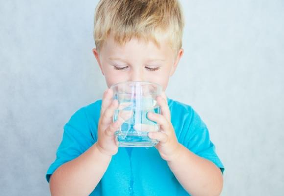 Jaka woda dla dziecka