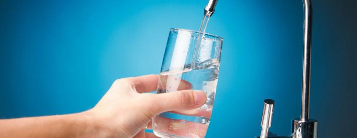 Dlaczego warto uzdatniać wodę?