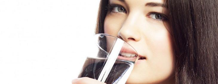 Uzależnienie od picia wody – czy to możliwe?