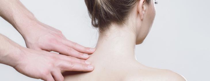 Woda na ból kręgosłupa