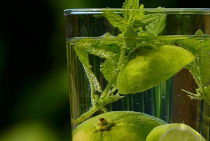 Pozbądź się toksyn z organizmu – oczyszczające działanie wody