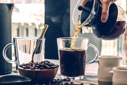 Woda z kranu – czy wpływa na smak kawy?