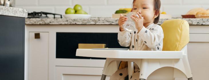 Woda z kranu – czy jest dobra dla dzieci?