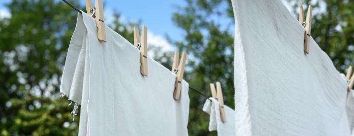 Jaki wpływ na pranie ma twarda woda?